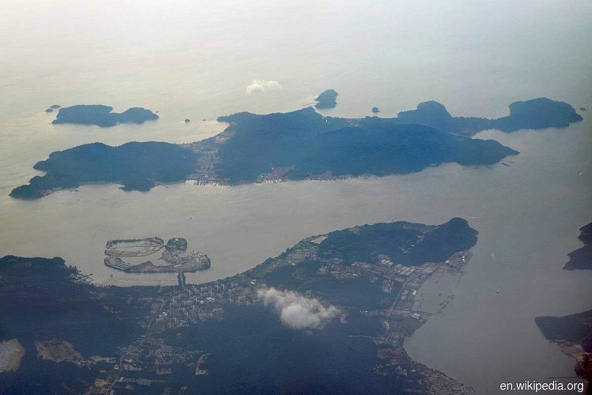 Aerial photograph of Pangkor Island and Lumut from the east — Pangkor Laut is the smaller island top left of Pangkor Island