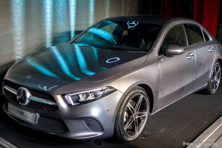 Mercedes Benz Malaysia launches A-Class limousine