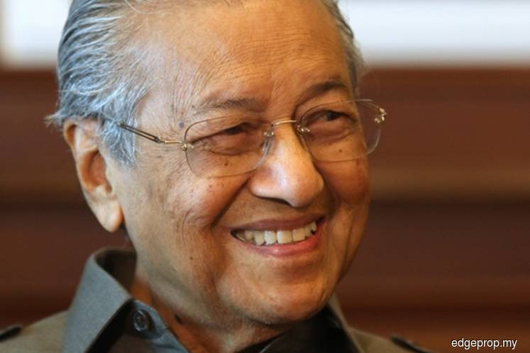 Forest City for foreigners, wooden houses for locals? Ok la, Dr M tells Johor MB