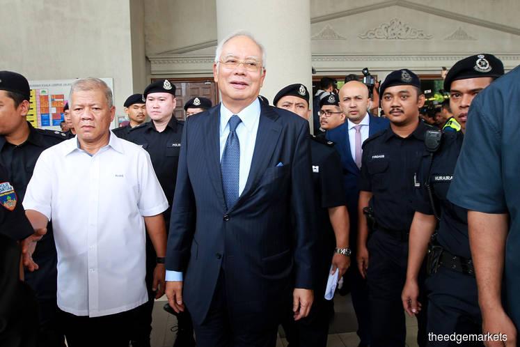Najib's case management postponed to Oct 31