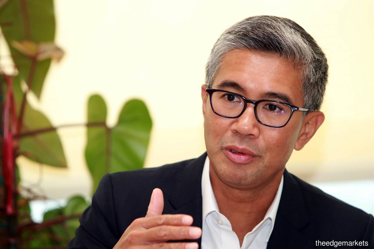 Tengku Zafrul urges workers without social security protection to register with the Social Security Organisation (SOCSO) in order to benefit from social protection under the PenjanaGig initiative.