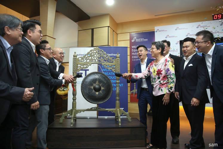 EquitiesTracker makes flat debut on LEAP Market