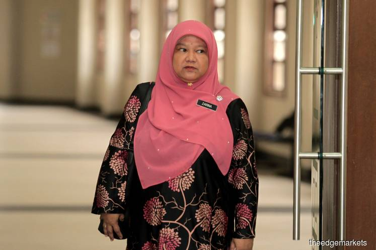Najib received RM1m golden handshake in final month as PM