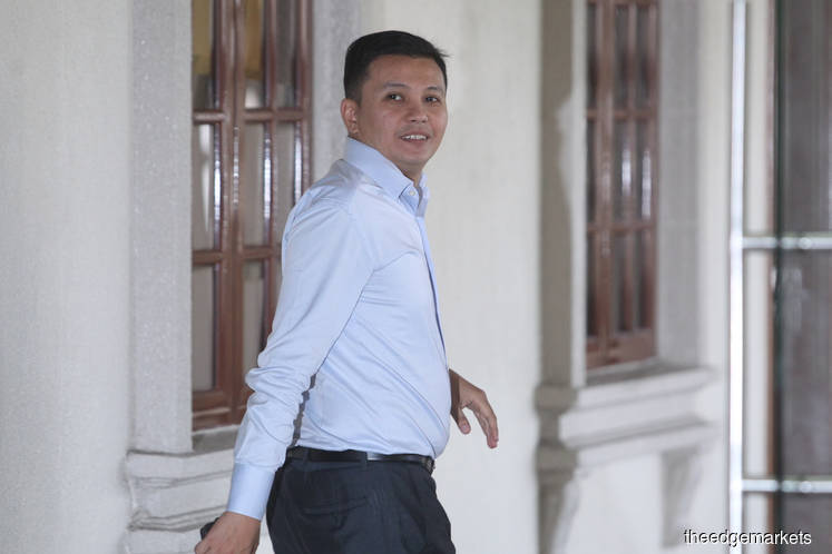 'RM4b loan to SRC was the largest I've seen,' former KWAP officer tells court