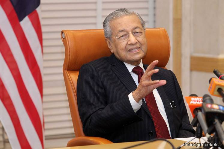 Dr M does not want to comment on Johor Sultan, but calls TMJ 'stupid'
