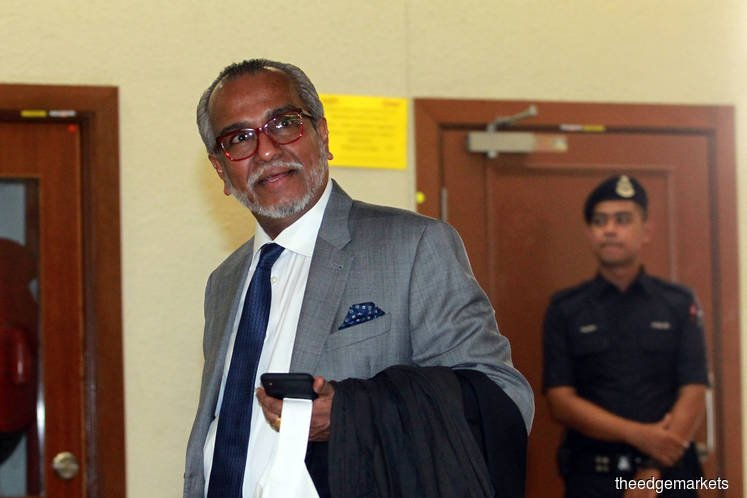 Shafee: Defence mulling striking out Najib's RM27m SRC money laundering charges