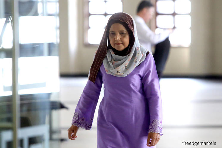 Ex-KWAP CEO met Najib's former private secretary at hotel for SRC loan application