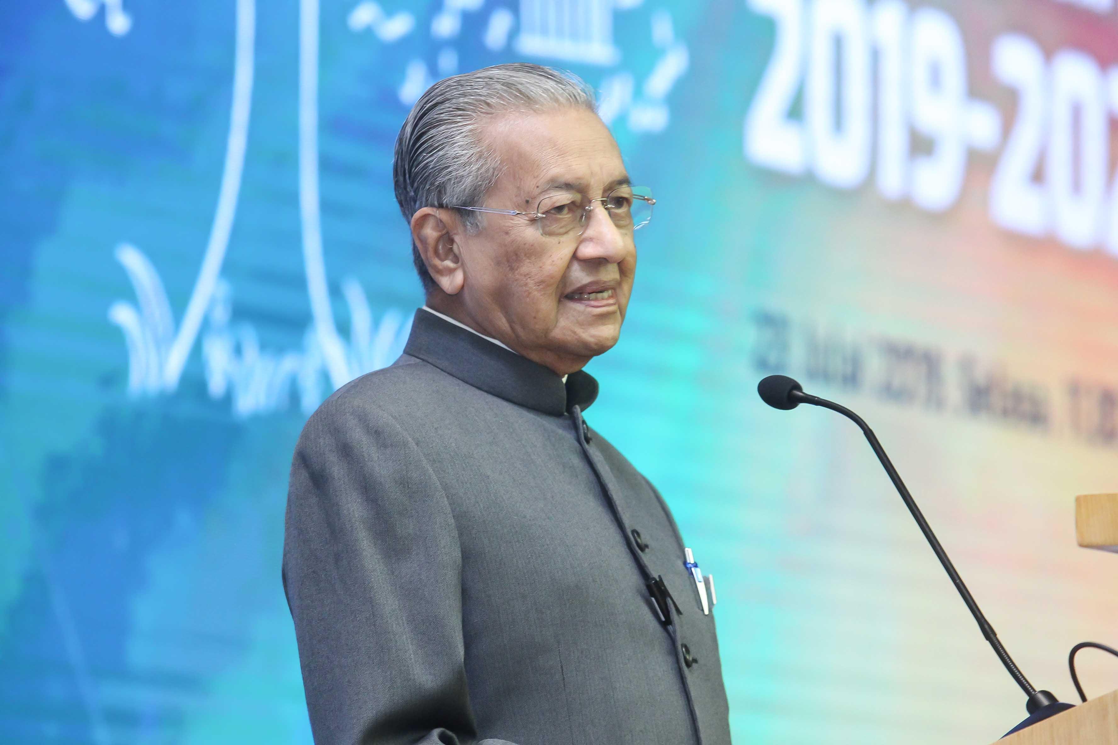 马哈迪:最多任相3年