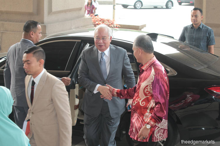 Jho Low, Najib faked meeting minutes to move US$750m from 1MDB to PSI