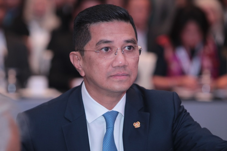 AirAsia, Malaysia Airlines merger an option as Covid-19 hits industry — Azmin Ali