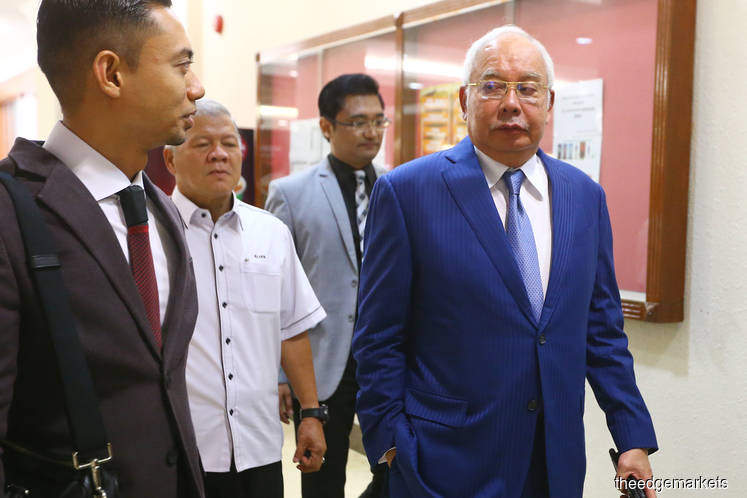 Najib issued six cheques totalling RM15m to Umno Kedah, court told