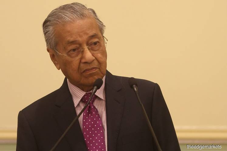 Malaysia lawmakers blast Dr Mahathir for declaring call to vote