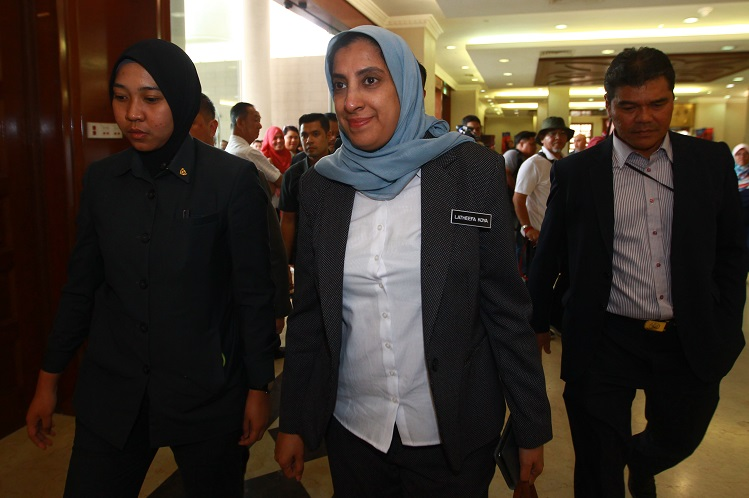 MACC chief commissioner Latheefa Koya at the Kuala Lumpur Courts Complex today. (Photo by Patrick Goh/The Edge)