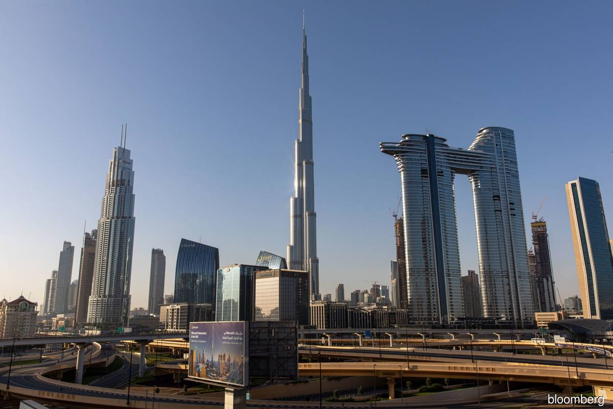 Dubai dusts off plan to lure wealthy retirees as expats head out