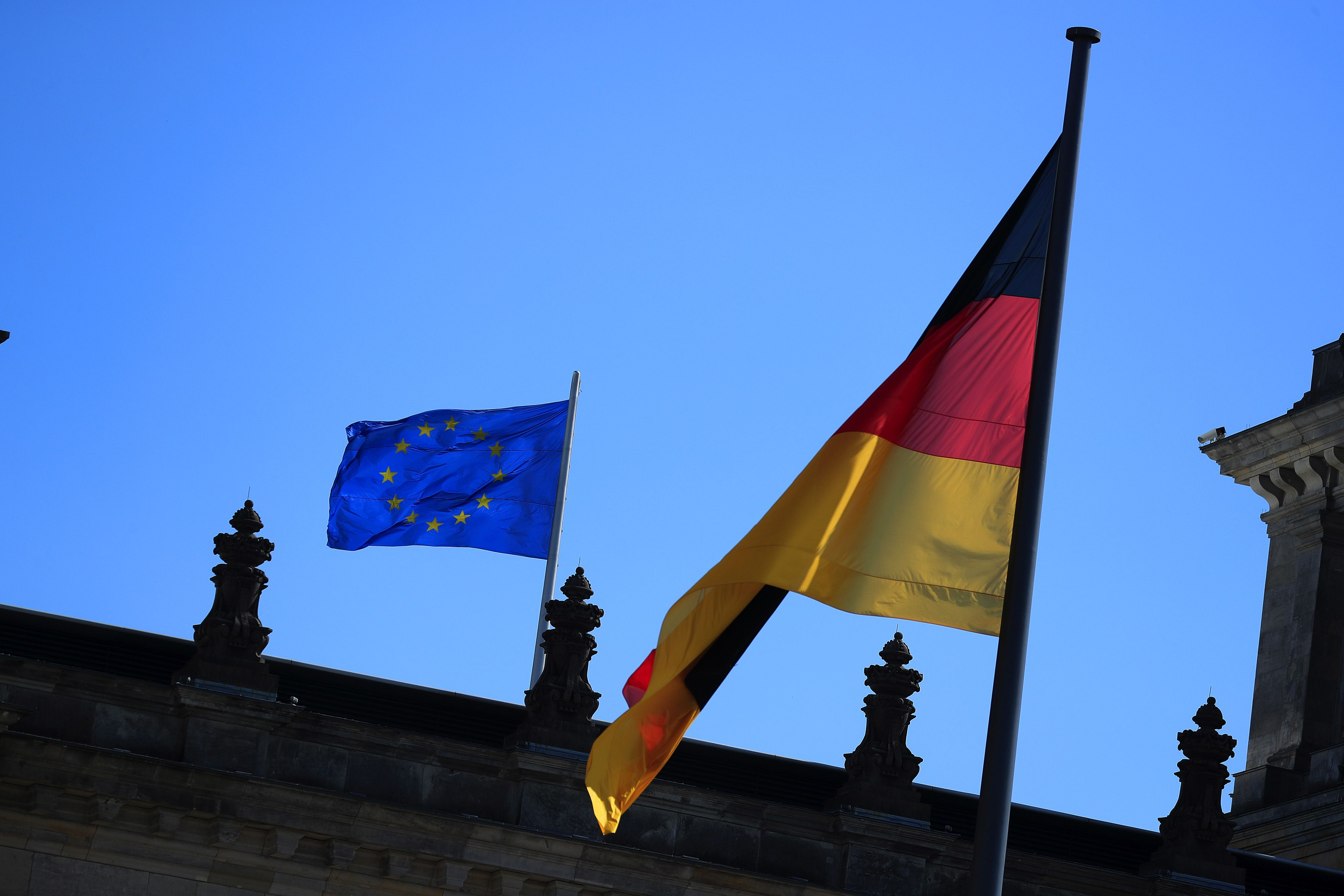 Germany backs carbon pricing in EU climate policy overhaul - document
