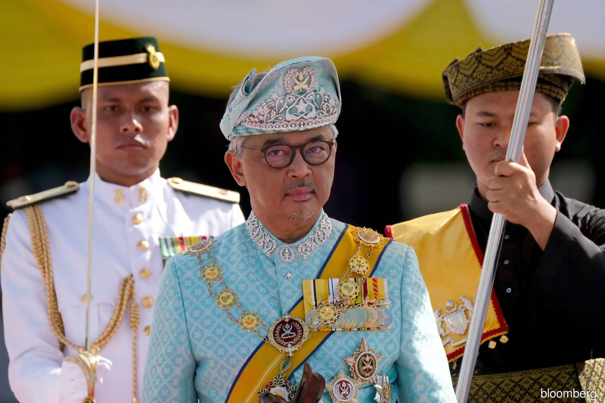 Agong urges Malaysians to set aside differences in fight against Covid-19