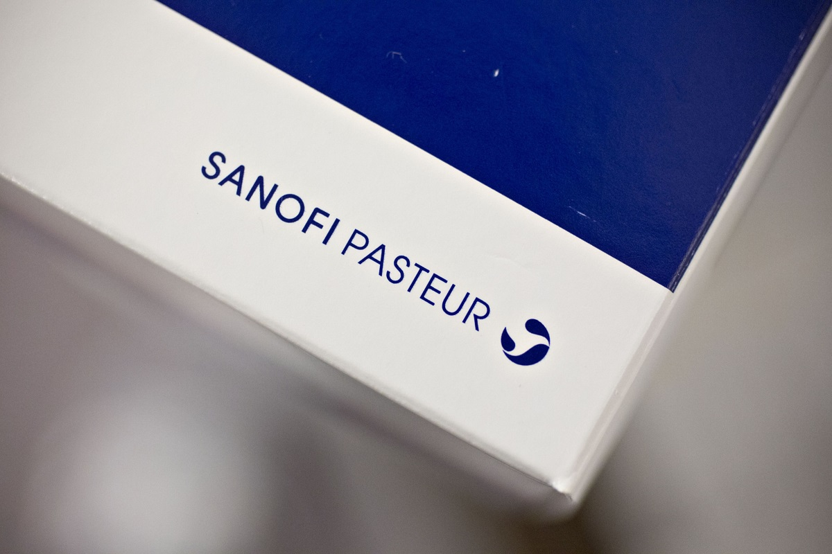 Sanofi's own effort to develop a vaccine with another big pharma firm, GlaxoSmithKline Plc, stumbled in clinical tests, meaning it won't be ready by summer as expected. (Photo by Bloomberg)
