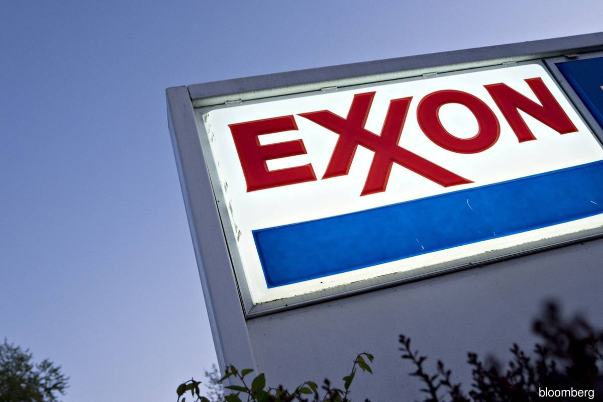 Exxon urges shareholders to reject 7 proposals up for vote at annual meeting