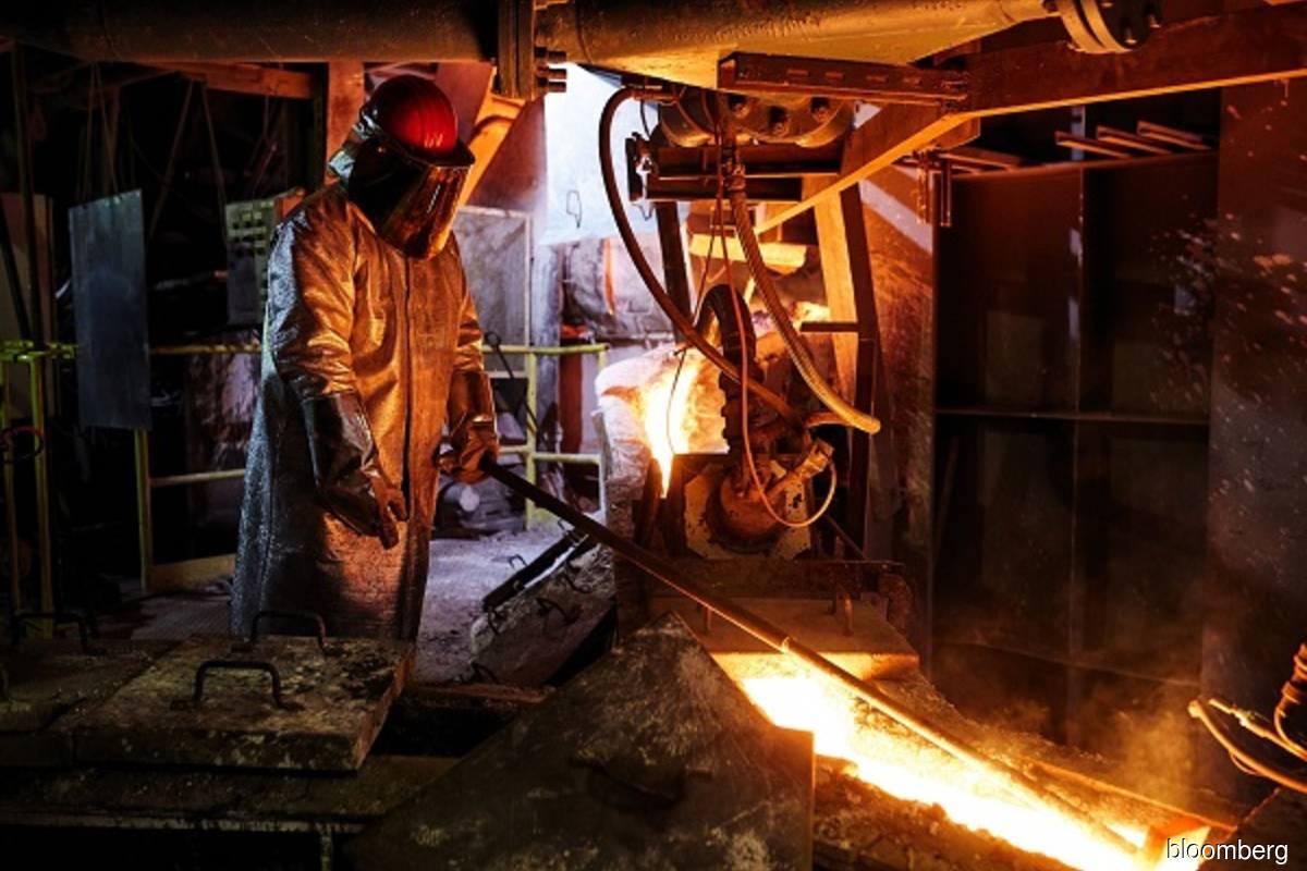 Copper heads for best week since 2016, zinc rockets