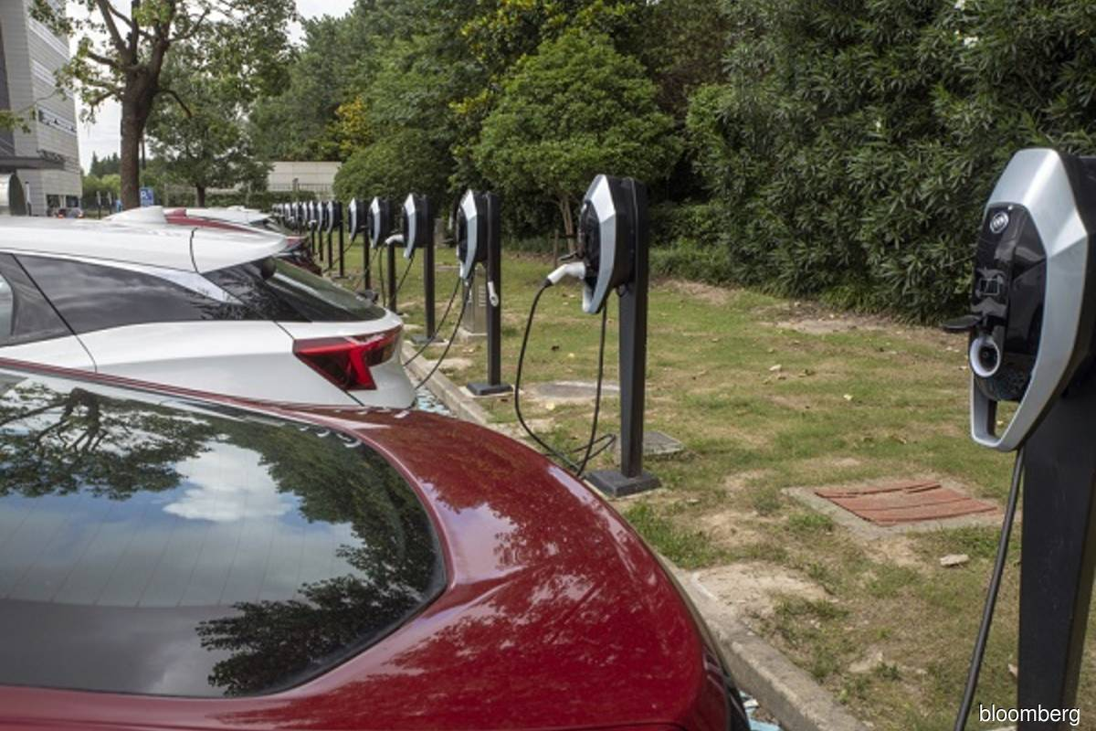 In China's biggest cities, one in five cars sold is now electric