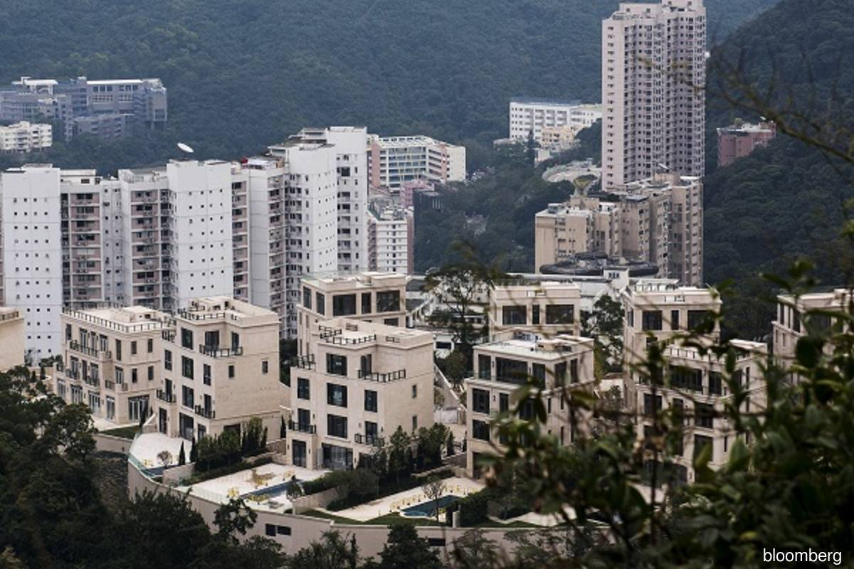 Hong Kong parking spot sells for US$1.3 mil setting record