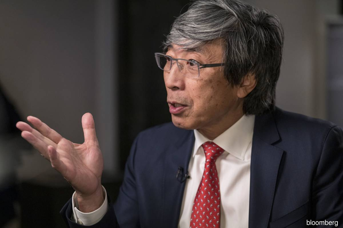 Billionaire Soon-Shiong sees his Covid-19 shot as universal booster