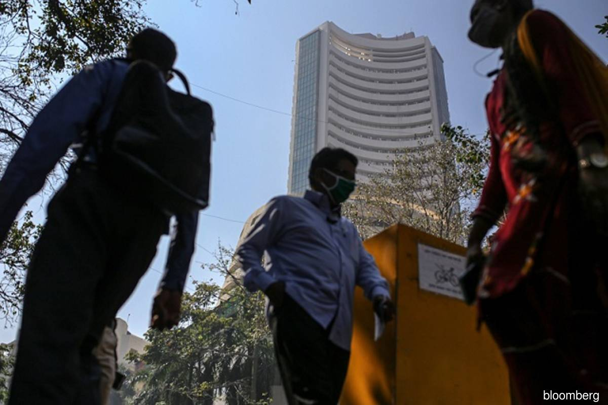 India considers rules to hold controlling shareholders accountable