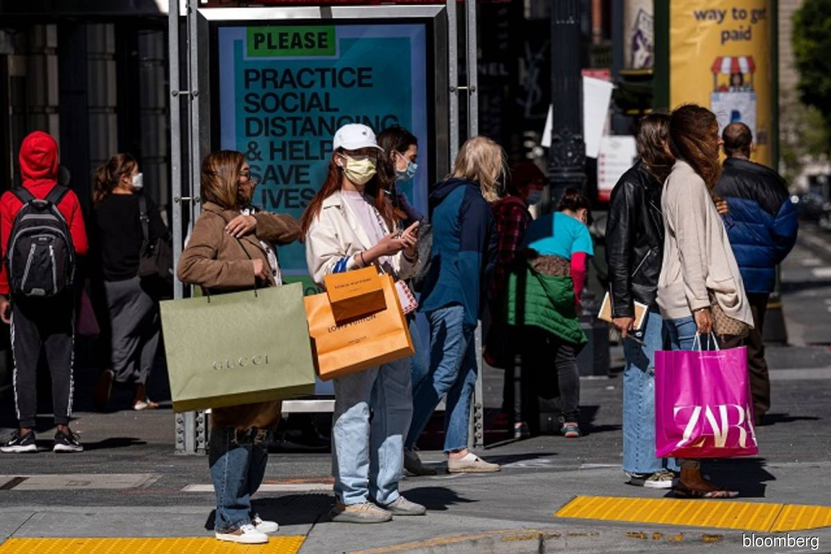 Rising prices flatter USretail sales; demand for goods remains strong