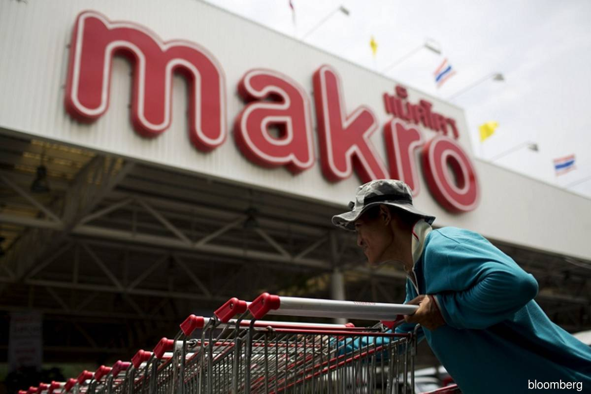 Siam Makro surges on US$7 bil deal to control Lotus stores