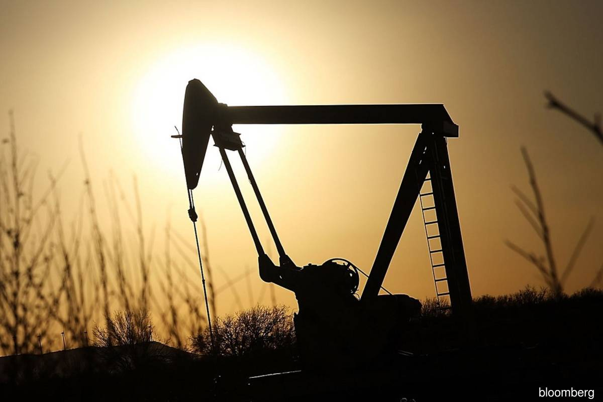 Canada's IPC looks to sell oil-producing assets in France