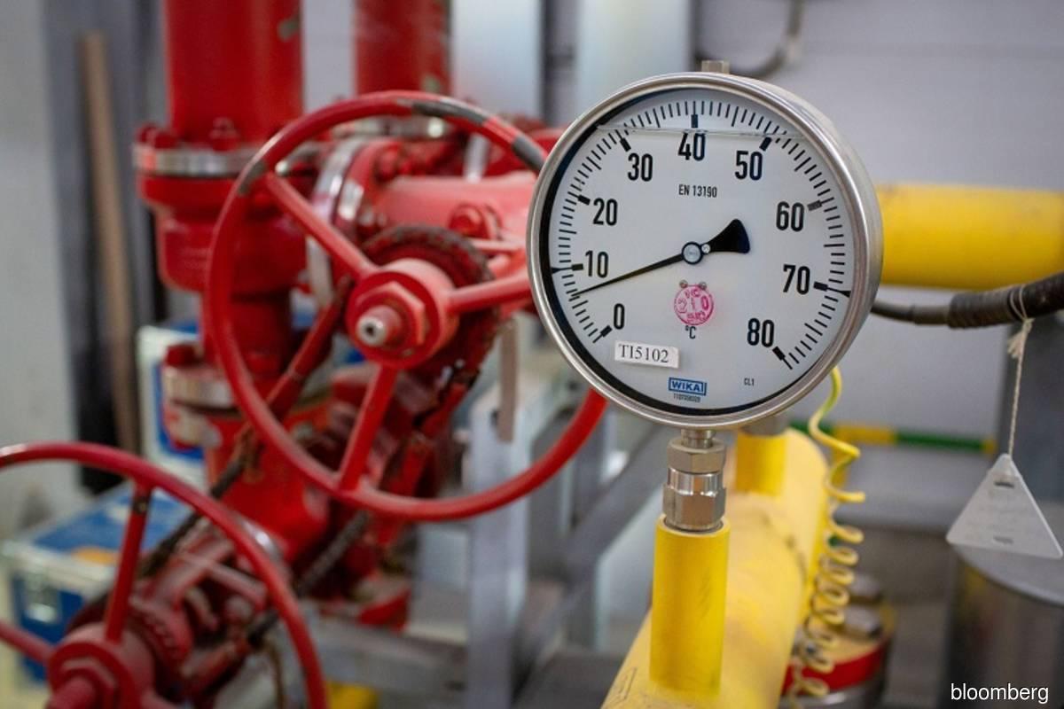 European gas surges 60% in two days as EU sounds alarm