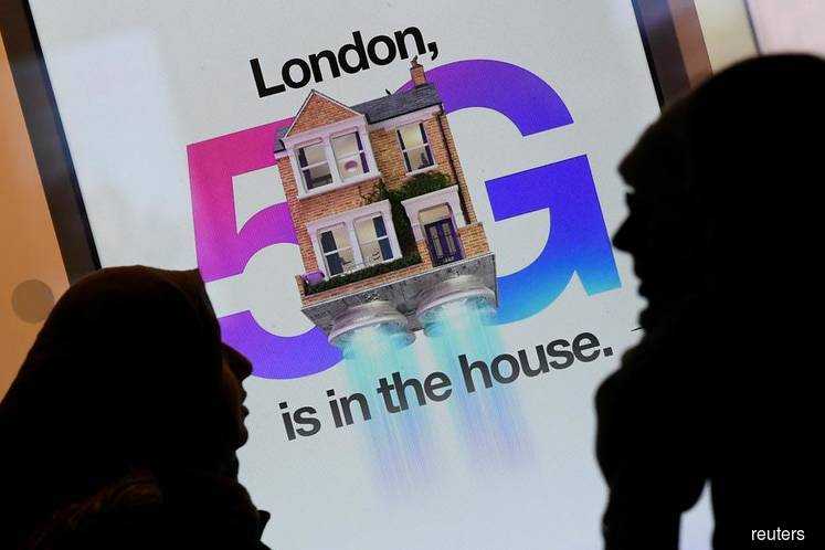 Defying Trump, UK's Johnson refuses to ban Huawei from 5G