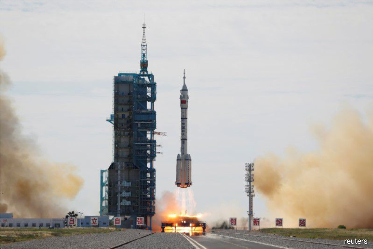 """A Long March 2F rocket transporting the Shenzhou-12, or """"Divine Vessel"""", bound for the space station module Tianhe blasted off at 9:22 a.m. Beijing time (0122 GMT) from the Jiuquan Satellite Launch Center in northwestern Gansu province."""