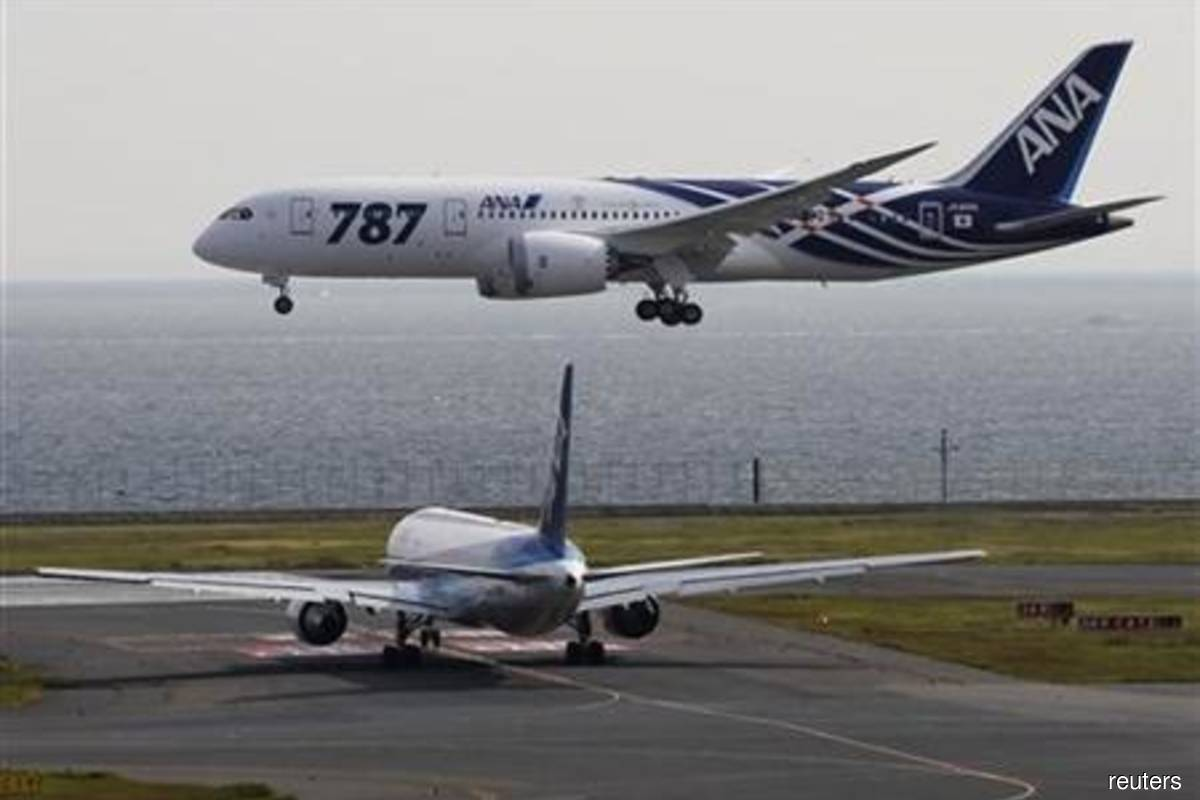 Italy's Leonardo says Boeing to update 787 production plan this month