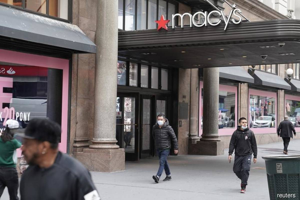 Resurgent virus cases cast shadow over Macy's holiday outlook
