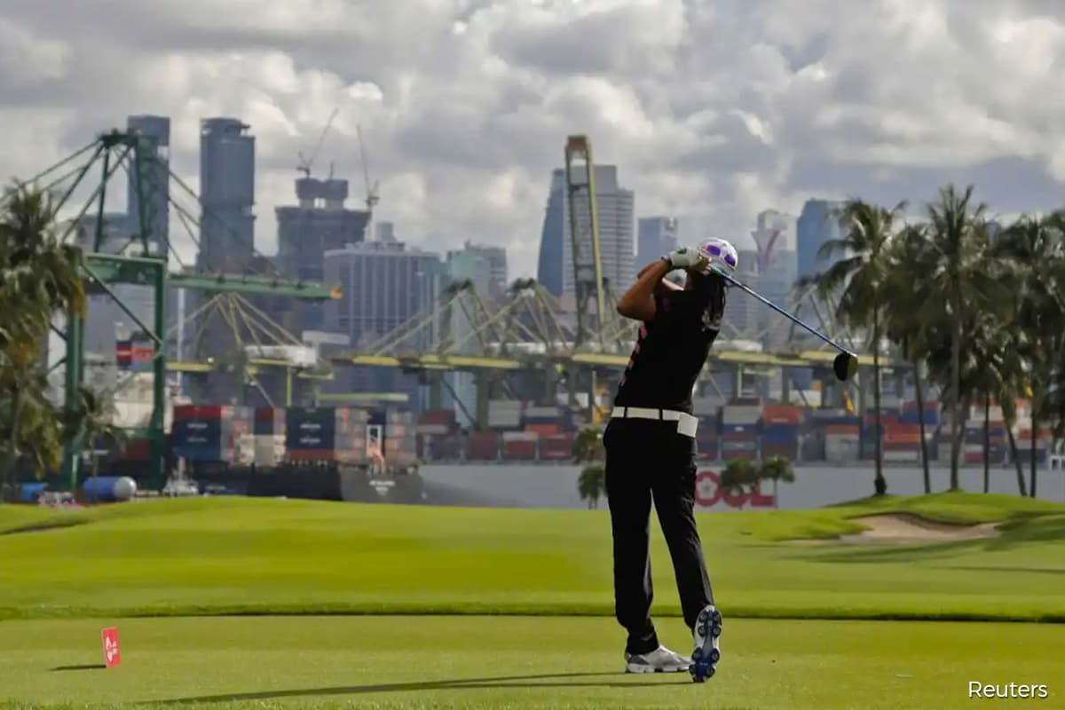 A US$260,000 golf club membership is Singapore's hot pandemic investment