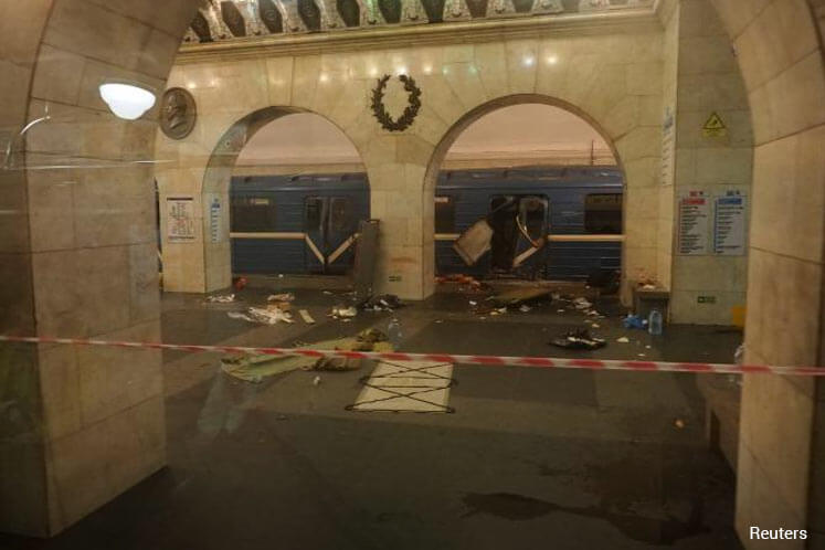 Search warrants issued for two people over St Petersburg blast