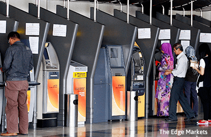 Cover Story: Local Islamic banks shine, but at the expense of conventional banking?