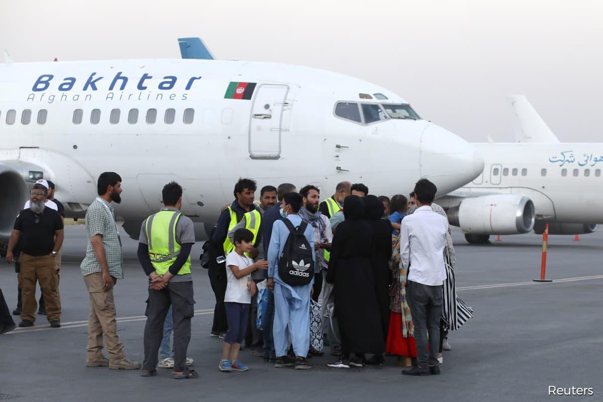 Afghanistan commercial flights resume as UN warns of humanitarian crisis