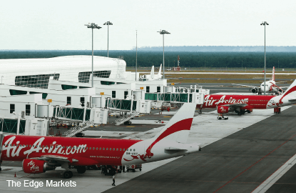 AirAsia holds its ground