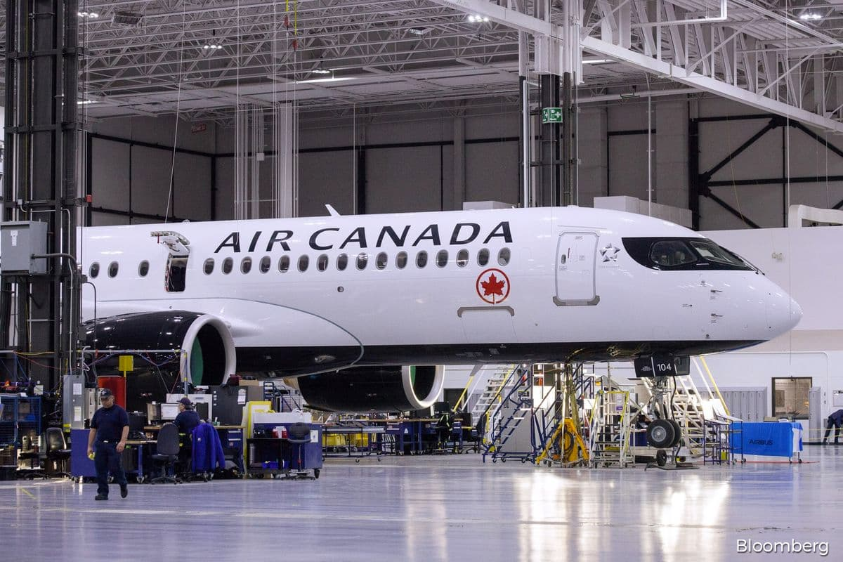 Air Canada gets US$4.7 billion in loans, equity from Trudeau