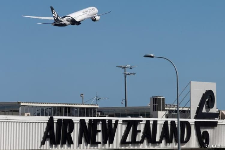 Air New Zealand agrees to government loan to keep flying