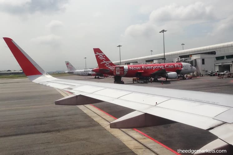 AirAsia rises on 12 sen dividend