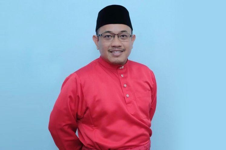 Slim by-election: Dr Mahathir supporters name lawyer Amir Khusyairi as candidate