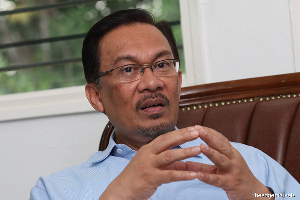 Anwar Ibrahim asked by MACC to assist in Pandora Papers probe