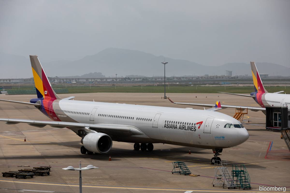 Korean Air's takeover of Asiana on track after court decision
