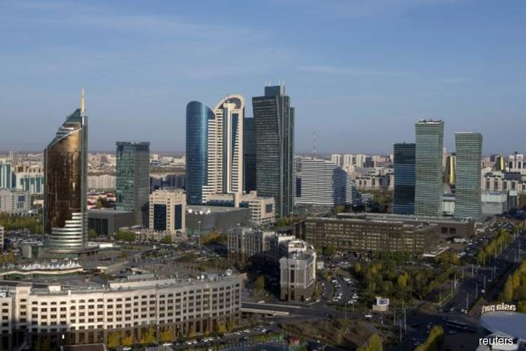 Kazakhstan suspends all transport links with China over virus