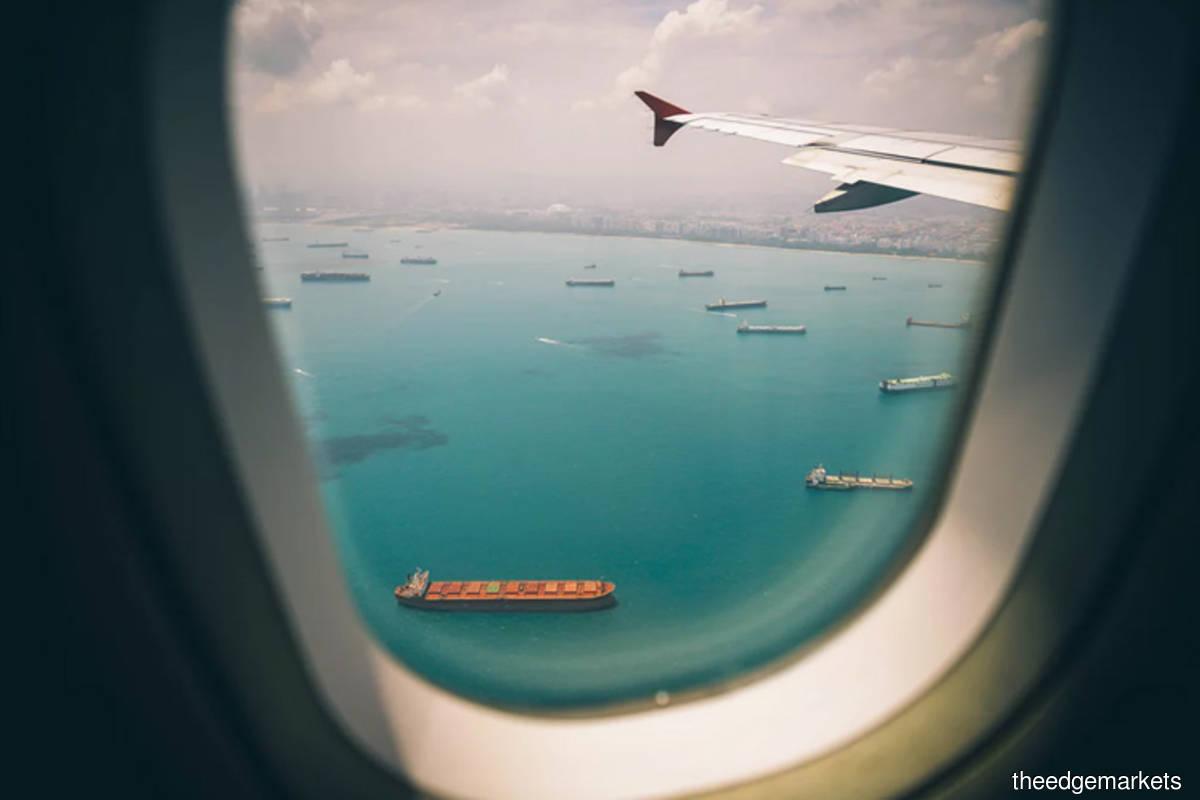 Men claim to witness plane crash in Tanjung Bungah — police