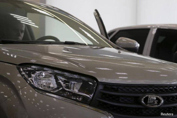 Top Russian carmaker Avtovaz planning to delist from Moscow Exchange — sources
