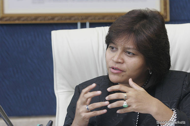 Azalina expresses shock over fire and explosion incident in Pengerang